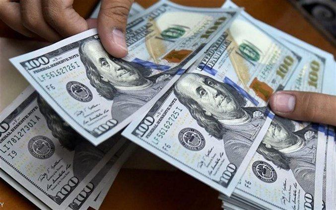 بعد ارتفاعه مساء أمس..كم افتتح سعر صرف الدولار اليوم؟