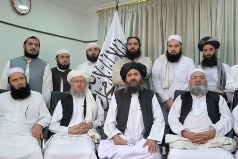 طالبان تحقق في حسابات مسؤولين سابقين.. من قتلت الضربة الأميركية في كابل؟