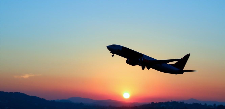 هام للمسافرين.. دراسة خطيرة تحذر من انتشار كورونا على الطائرة