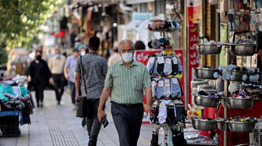 كورونا يُقفل دوائر الحكومة والمصارف في طهران