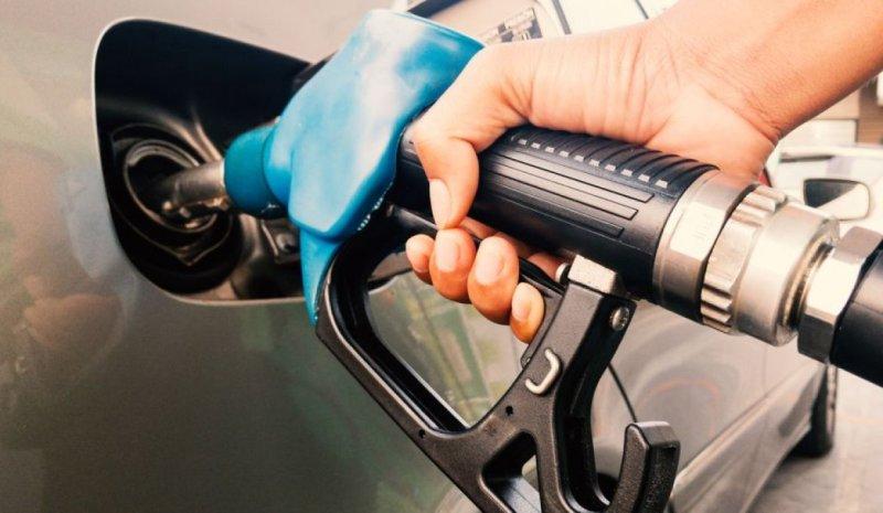 أزمة البنزين تطرق باب اللبنانيين.. وارتفاع غير مسبوق بأسعار اللحوم